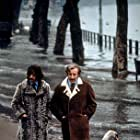 """""""Magic Christian, The"""" At the park, Ringo Starr walks alongside Peter Sellers 1969 Commonwealth United / MPTV"""