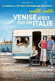 Valérie Bonneton, Benoît Poelvoorde, Coline D'Inca, Eugène Marcuse, and Helie Thonnat in Venise n'est pas en Italie (2019)