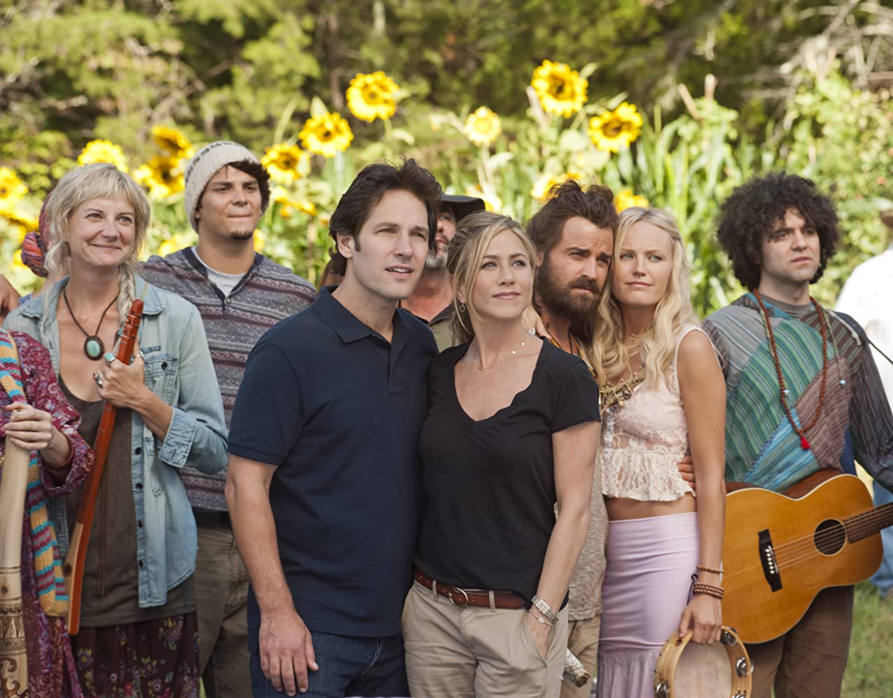 Jennifer Aniston, Malin Akerman, Kerri Kenney, Paul Rudd, Justin Theroux, and Peter Salett in Wanderlust (2012)