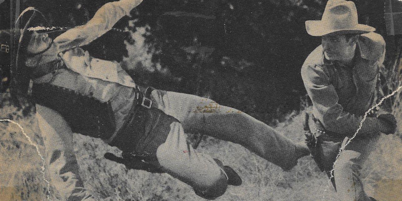 Yakima Canutt and Bob Steele in Under Texas Skies (1940)