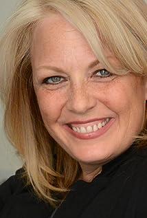 Suzanne Sole Picture