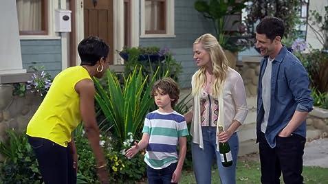 The Neighborhood (TV Series 2018– ) - IMDb