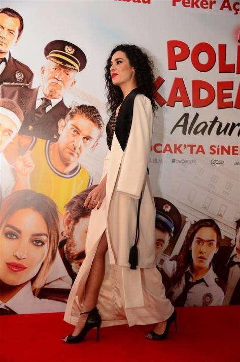 Perihan Ünlücan at an event for Polis Akademisi: Alaturka (2015)