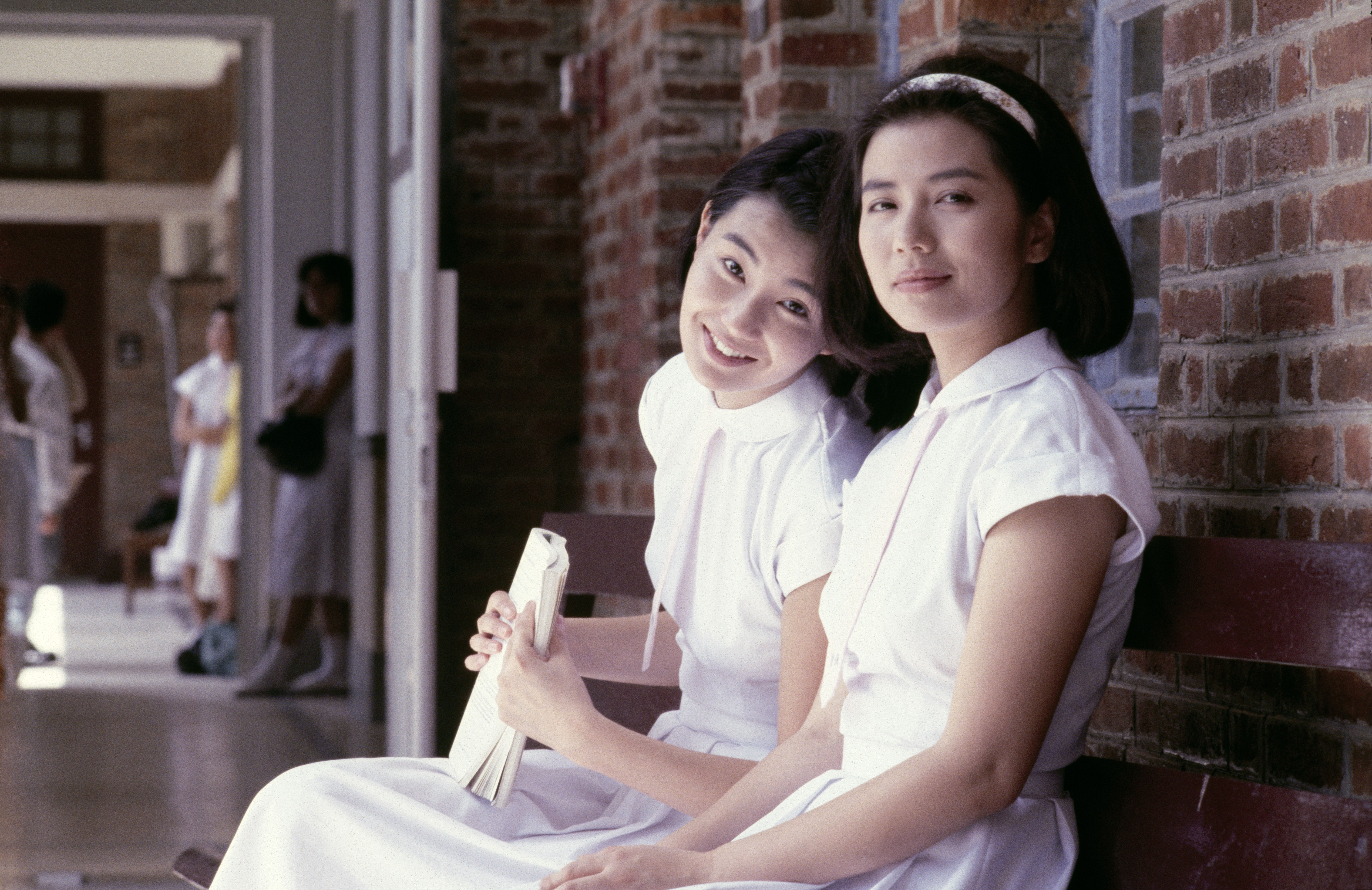 Maggie Cheung and Cherie Chung in Liu jin sui yue (1988)