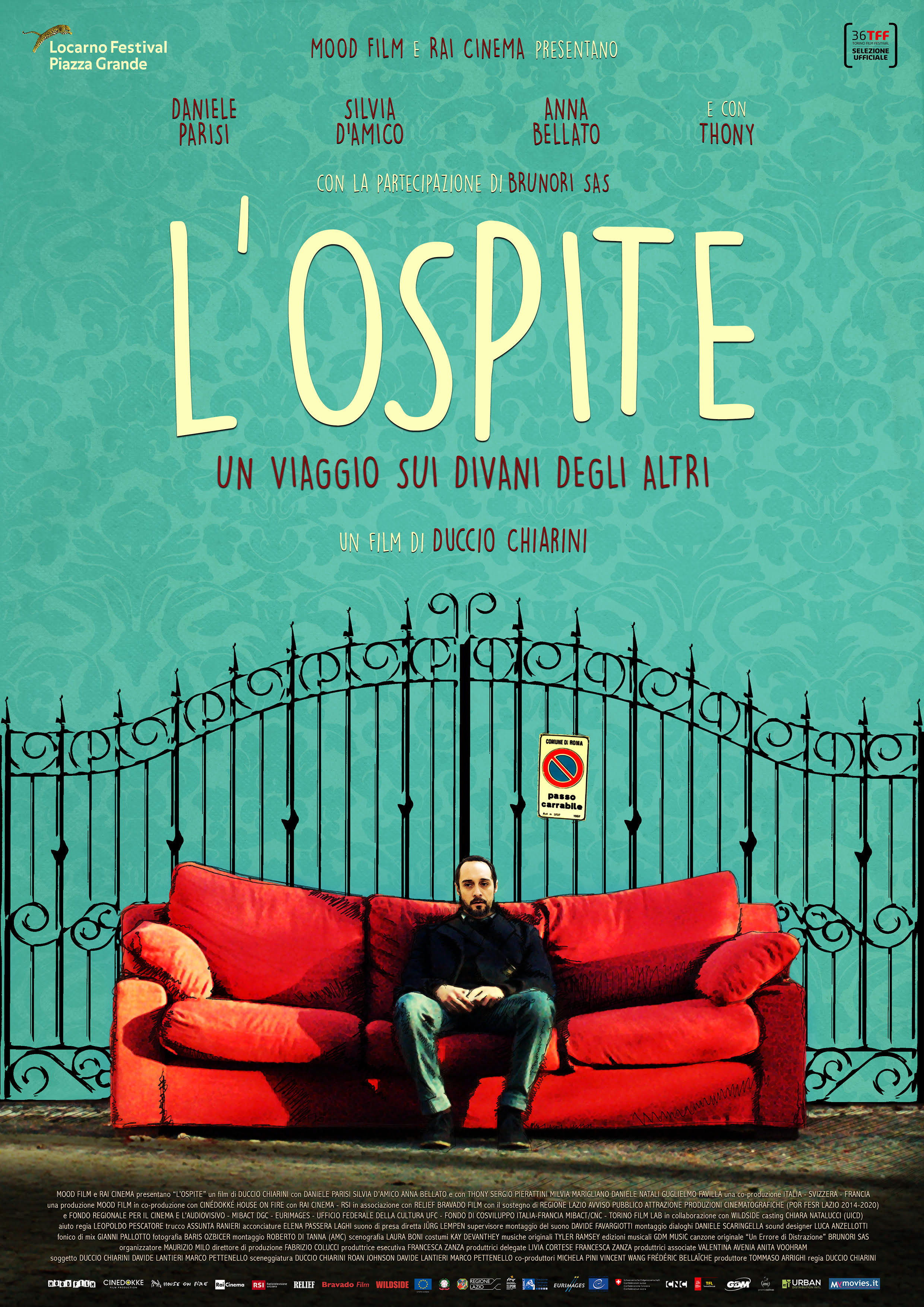 Duccio Chiarini, Daniele Parisi, and Silvia D'Amico in L'ospite (2018)