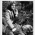 Marjoe Gortner and Zalman King in The Food of the Gods (1976)