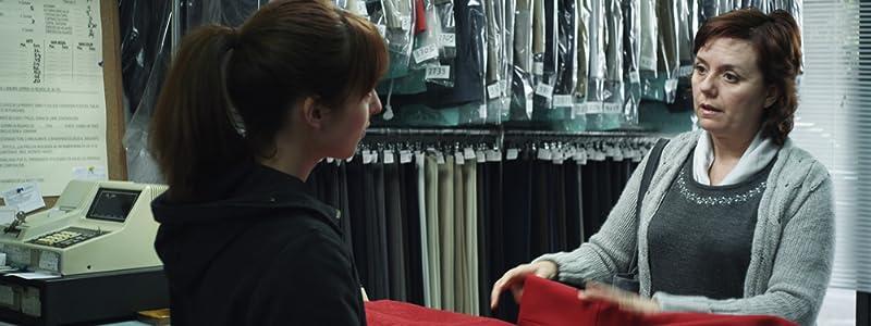 Psp movie clip downloads El abrigo rojo Spain [480x640]