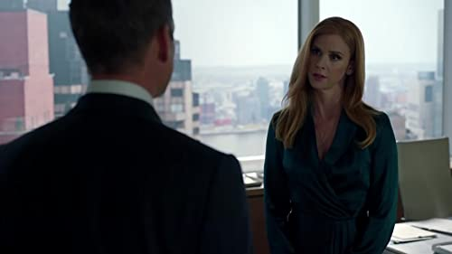 Suits: Donna Flexes Her Authority With Harvey