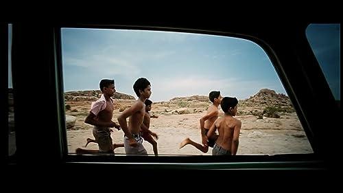 Pannaiyarum Padminiyum (2014) Trailer