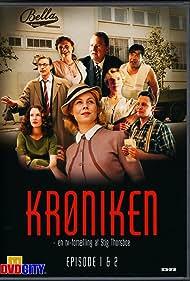 Anders W. Berthelsen, Stina Ekblad, Anne Louise Hassing, Pernille Højmark, Dick Kaysø, Waage Sandø, Ken Vedsegaard, and Maibritt Saerens in Krøniken (2004)