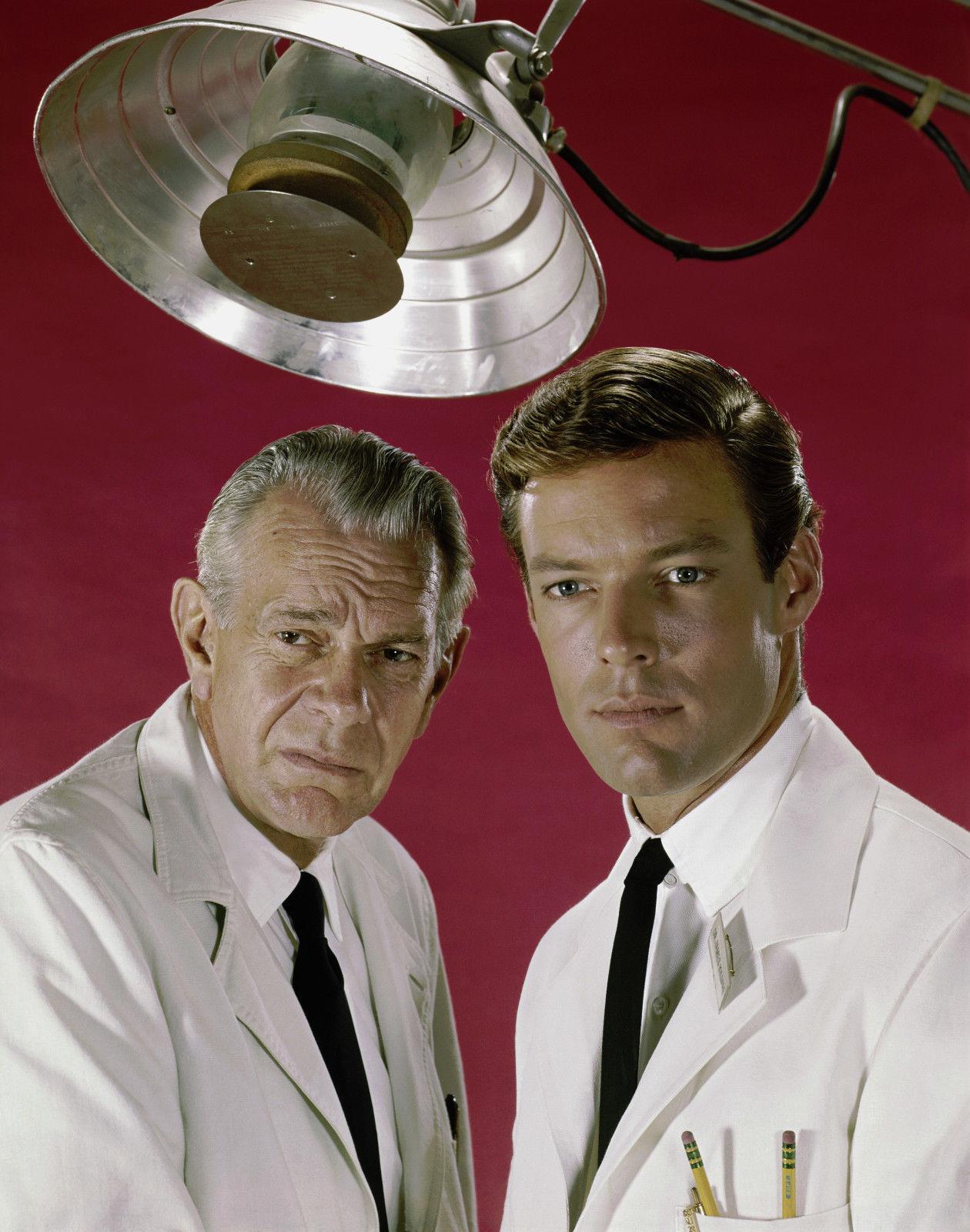 Richard Chamberlain and Raymond Massey in Dr. Kildare (1961)