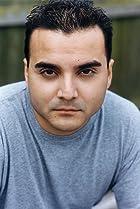 Robert Tamayo