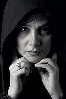 Hengameh Ghaziani Picture