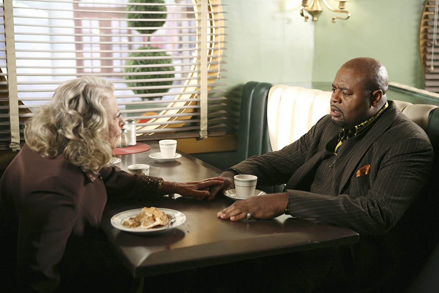 Chi McBride and Debra Mooney in Pushing Daisies (2007)
