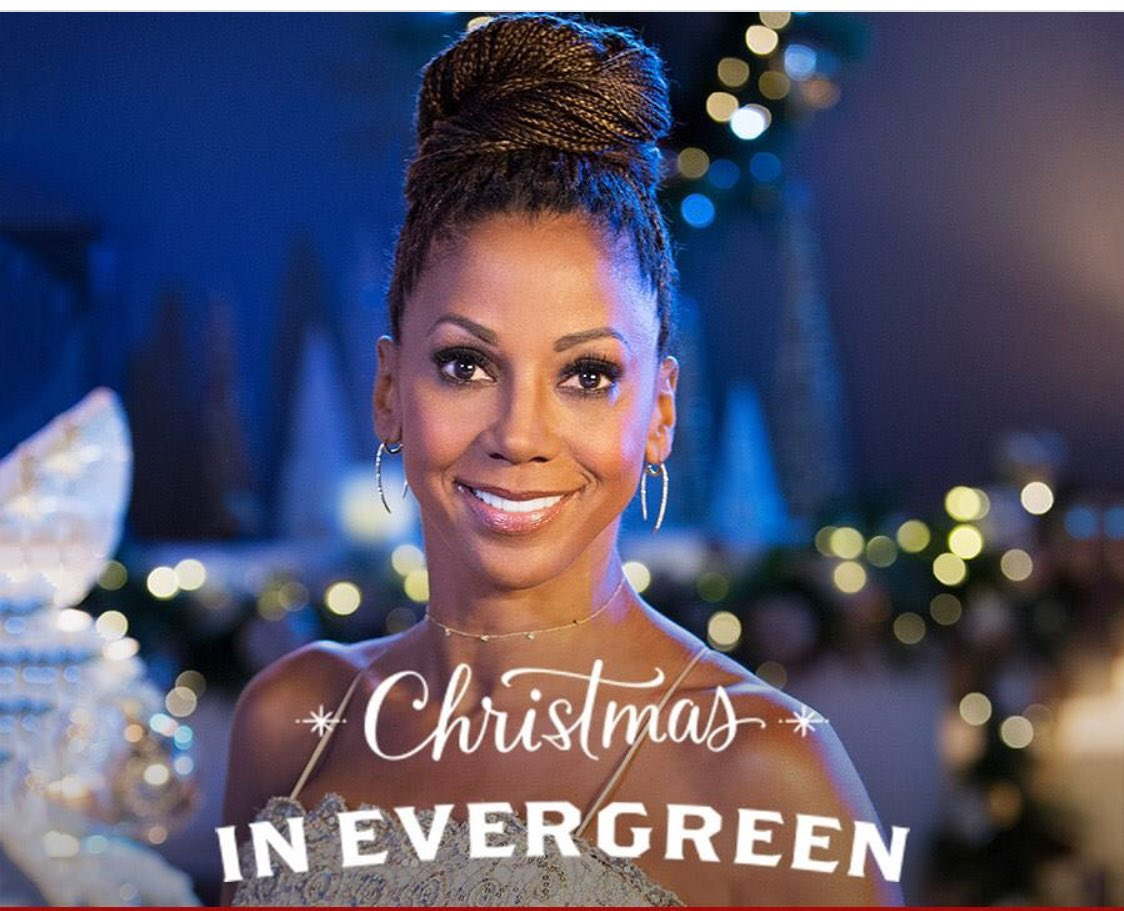 Holly Robinson Peete in Christmas in Evergreen (2017)