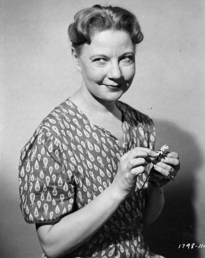 Una Merkel in The Kettles in the Ozarks (1956)