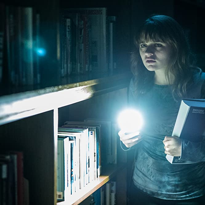 Joey King in Slender Man (2018)