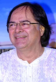 Primary photo for Farooq Shaikh