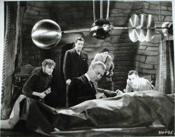Boris Karloff, John Boles, Mae Clarke, Colin Clive, Dwight Frye, and Edward Van Sloan in Frankenstein (1931)