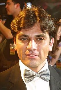 Jorge Salinas Picture