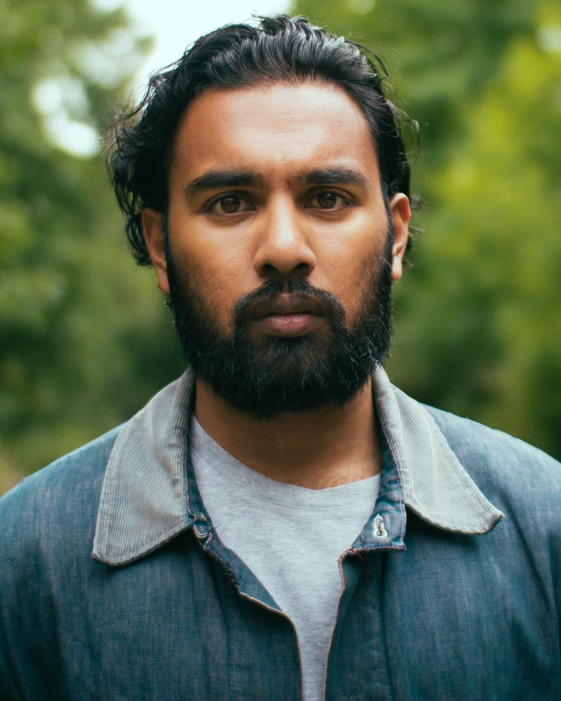 The 30-year old son of father (?) and mother(?) Himesh Patel in 2021 photo. Himesh Patel earned a  million dollar salary - leaving the net worth at  million in 2021