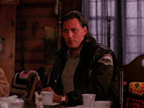 Twin Peaks: The One-Armed Man