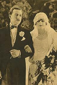 Danièle Parola and Aimé Simon-Girard in Les transatlantiques (1928)
