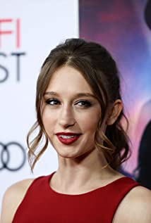 Taissa Farmiga Picture