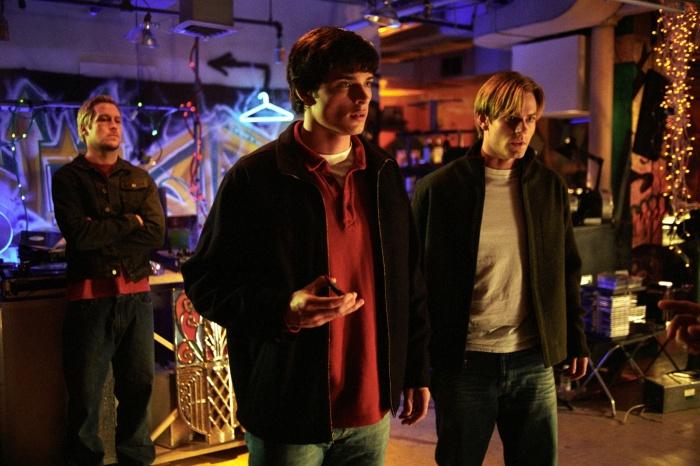 Smallville 1×13 – Cinético