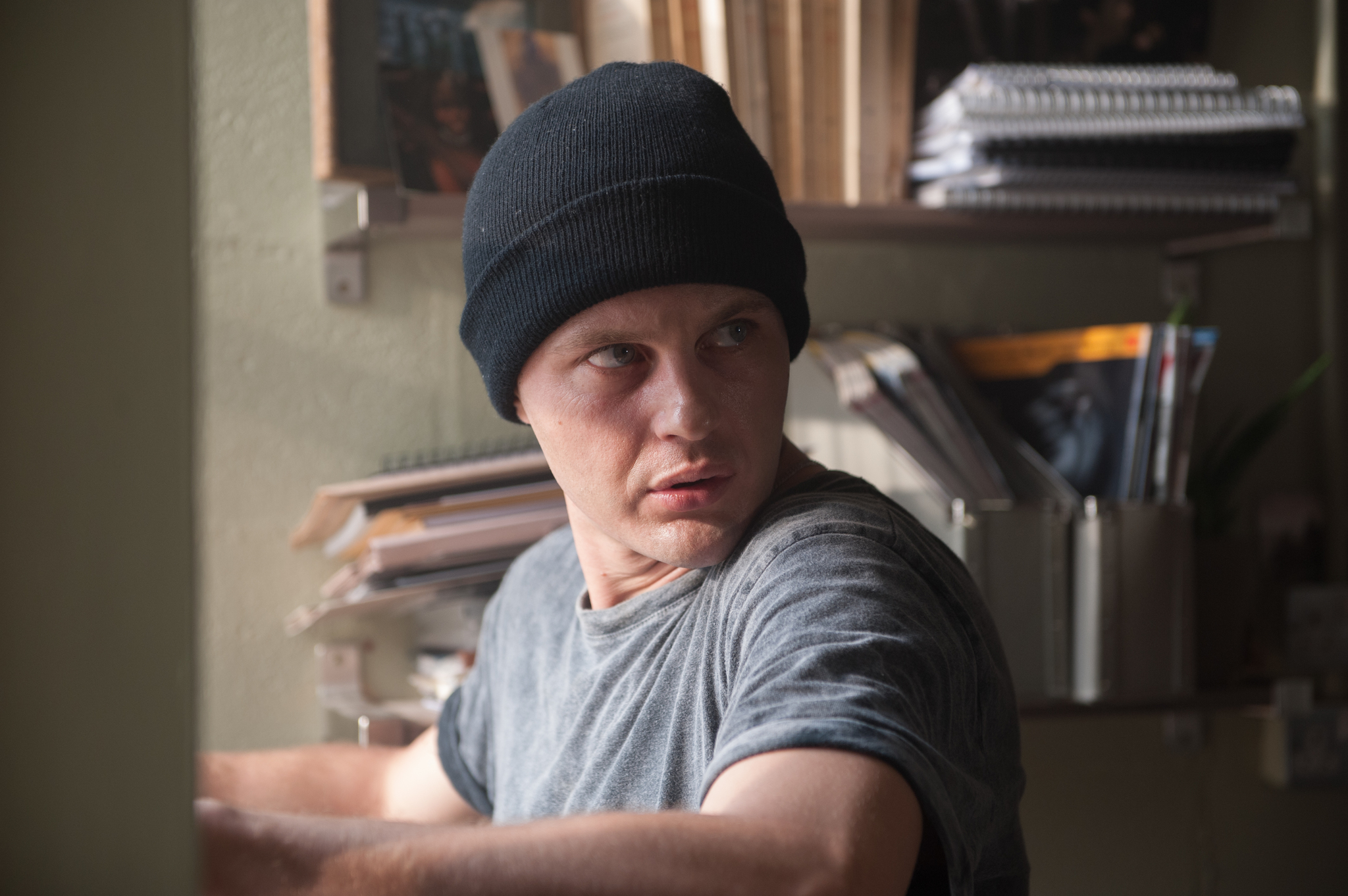 Michael Pitt in Criminal (2016)