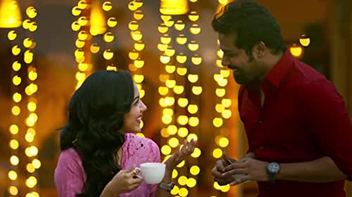 """This is an urban rom-com in a modern setting where tradition still has a strong hold. The story starts with the """"pellichoopulu"""" or arranged meeting of Prashanth (Vijay Deverakonda) and Chitra (Ritu Varma)."""