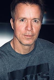 Trevor Howard Picture