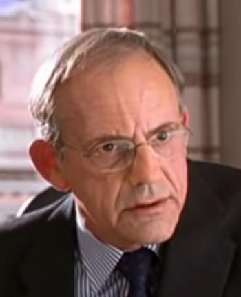 Christopher Lloyd in Wit (2001)