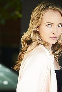 Kira Murphy Picture