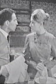 Óscar Acúrcio and Adelaide João in O Viajante Sem Bagagem (1966)