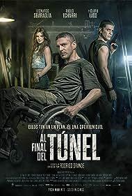 Pablo Echarri, Leonardo Sbaraglia, and Clara Lago in Al final del túnel (2016)