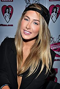 Primary photo for Carter Cruise