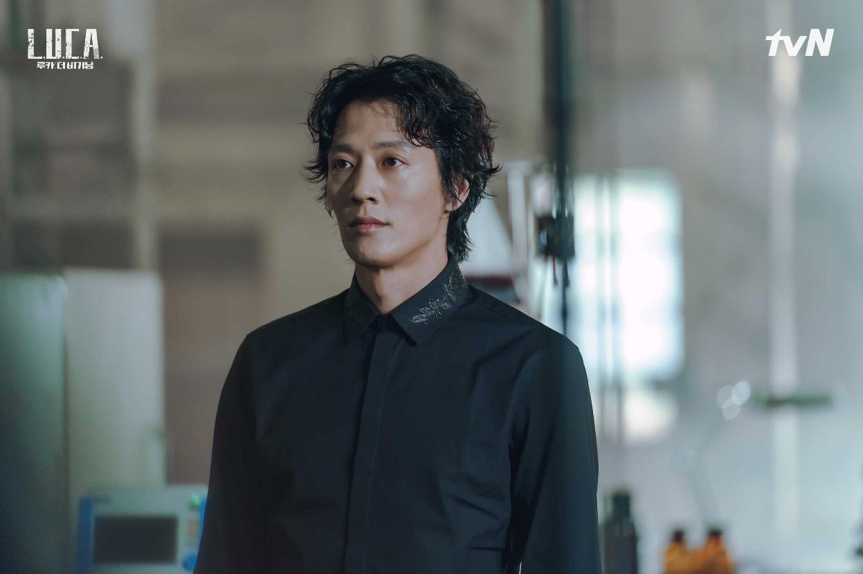 Rae-won Kim in L.U.C.A.: The Beginning (2021)