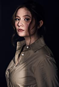 Primary photo for Emma Kenney