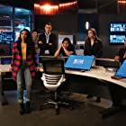 Jesse L. Martin, Danielle Nicolet, Danielle Panabaker, Jessica Parker Kennedy, Grant Gustin, Candice Patton, Hartley Sawyer, and Carlos Valdes in The Flash (2014)