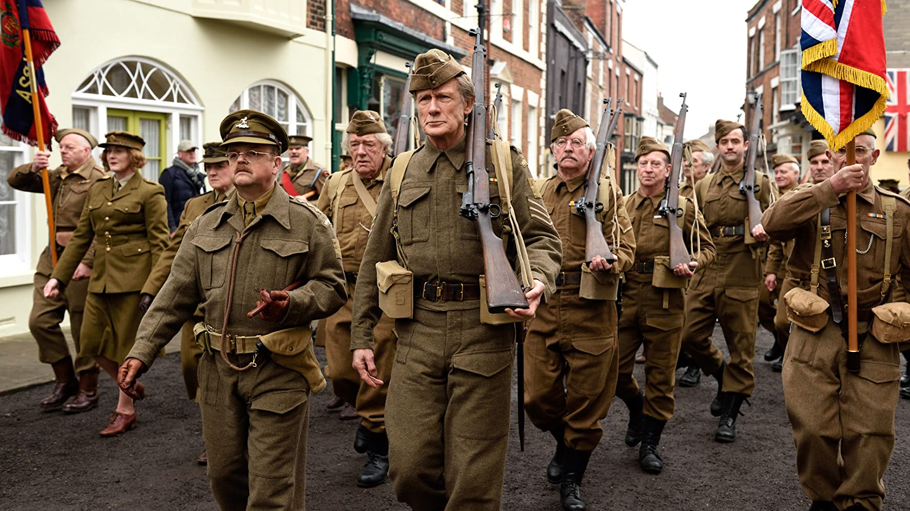 Michael Gambon, Tom Courtenay, Toby Jones, Sarah Lancashire, Felicity Montagu, Bill Nighy, Bill Paterson, Daniel Mays, Philip Gascoyne, Harry Knight, and Chris Dale in Dad's Army (2016)