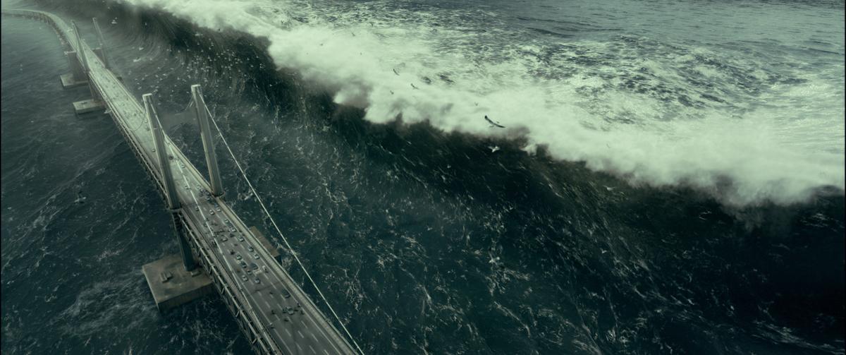 Haeundae (Tidal Wave) (2009)