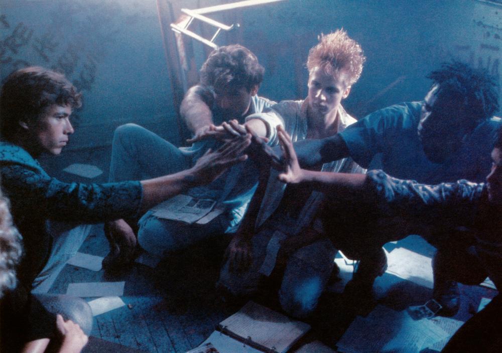 Michael Carmine, Leon, John Cameron Mitchell, Danny Quinn, and Al Shannon in Band of the Hand (1986)