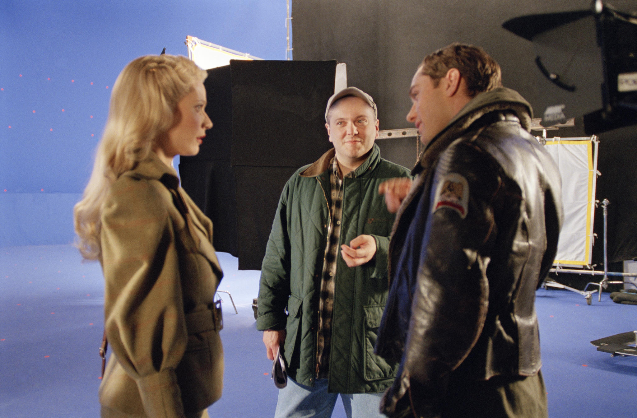 Jude Law, Gwyneth Paltrow, and Kerry Conran in Sky Captain and the World of Tomorrow (2004)