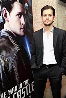 Luke Kleintank Picture