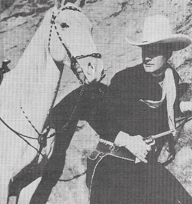 Charles Starrett in Blazing Six Shooters (1940)
