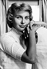 Primary photo for Joanne Woodward