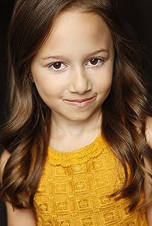 Sophia Massa Picture
