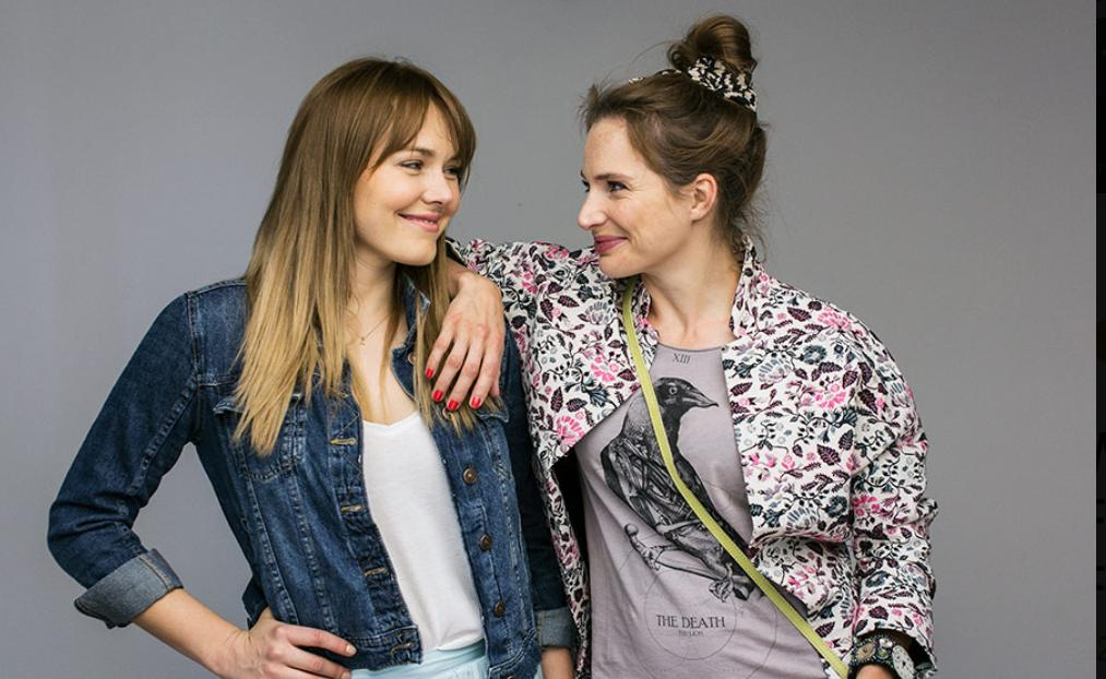 Anna Dereszowska and Magdalena Lamparska in Porady na zdrady (2017)