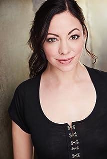 Angela Sauer Picture
